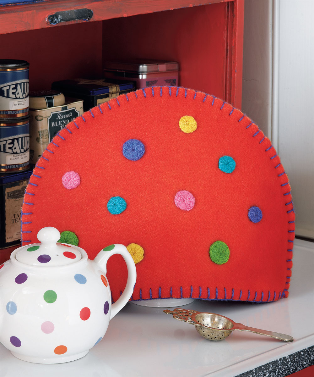 Free Project: Going Dotty Tea Cozy + Oat Scones from Colorful Stitchery