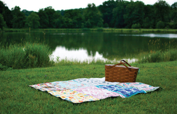 Free Project: Tea Towel Picnic Blanket from Vintage Made Modern